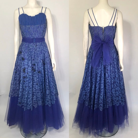 1950s lace evening dress or prom dress