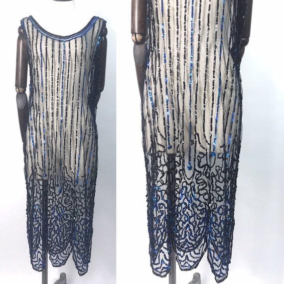 1920s sequinned flapper dress