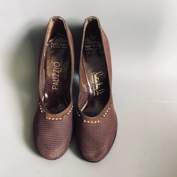 1940s shoes / 40s mesh heels