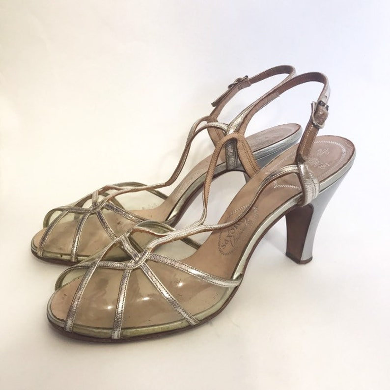 e8617137ee557 silver 1950s sandals with clear plastic