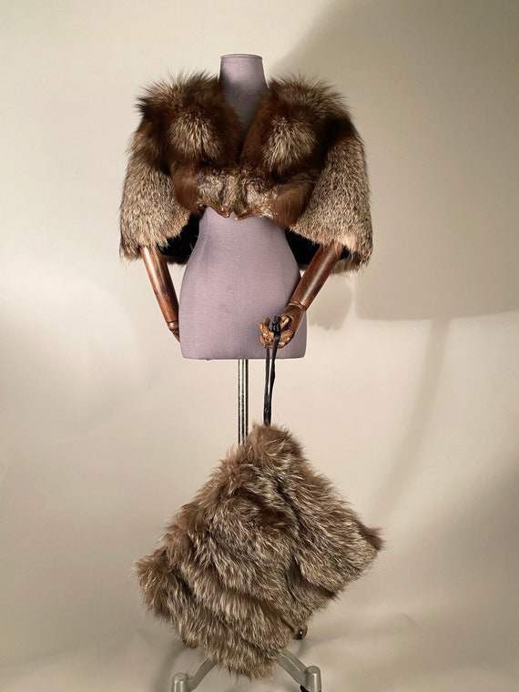 1930s fox fur cape and muff - image 3