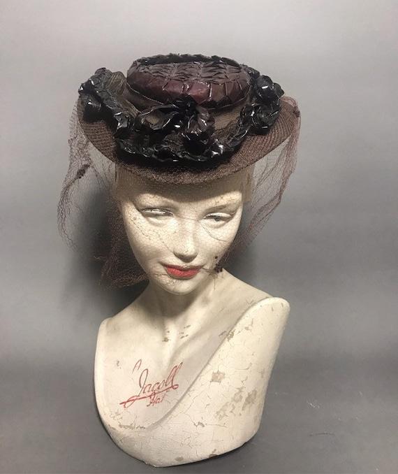 Veiled 1940s tilt hat