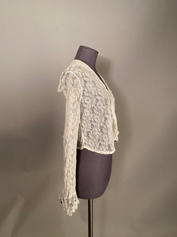 1910s lace blouse with sailor collar - image 4