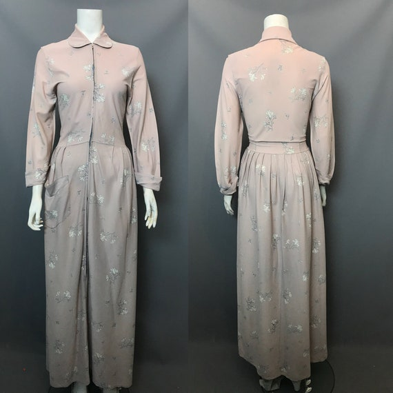 1940s lounge robe or house dress, zip front