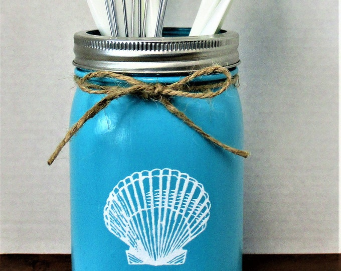 Kitchen Utensil Holder, Seashell Mason Jar Decor, Beach Centerpiece, Seashell Decor, Beach Kitchen Decor, Beach Decor, Beach House Decor