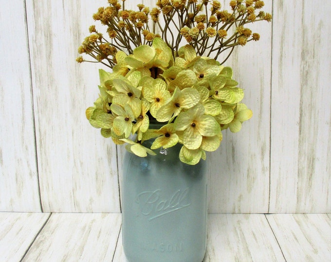 Mason Jar Centerpiece, Flower Arrangements, Home Decor, Country Chic, Farmhouse Decor,  Mason Jar Decor, Fall Decor, Housewarming Gift