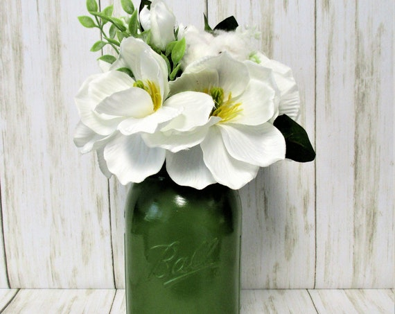 Mason Jar Centerpiece, Flower Arrangements, Home Decor, Country Chic, Farmhouse Decor,  Mason Jar Decor, Fall Decor, Housewarming Gift