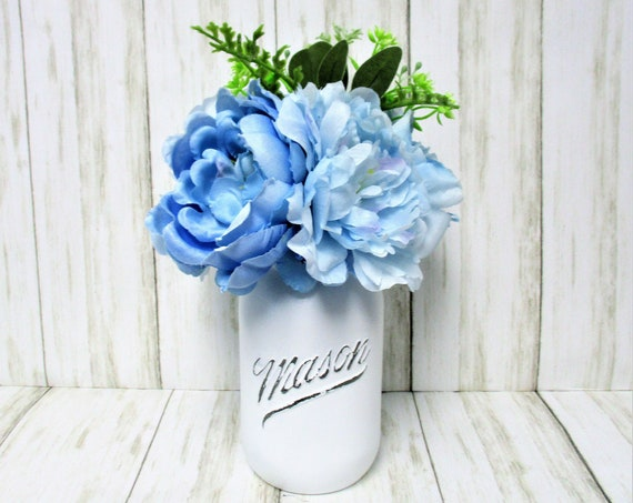 Mason Jar Centerpiece Blue Flower Arrangement, Vintage 1776 - 1976  Mason Jar Decor, Country Chic Decor, Farmhouse Decor