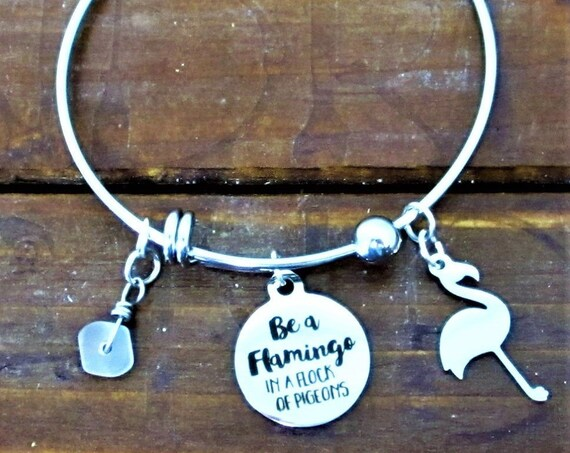 Flamingo Charm Bracelet, Flamingo Charm, Beach Lover Gift, Flamingo Jewelry, Sea Glass Charm Gift for Her, Mothers Day Gift