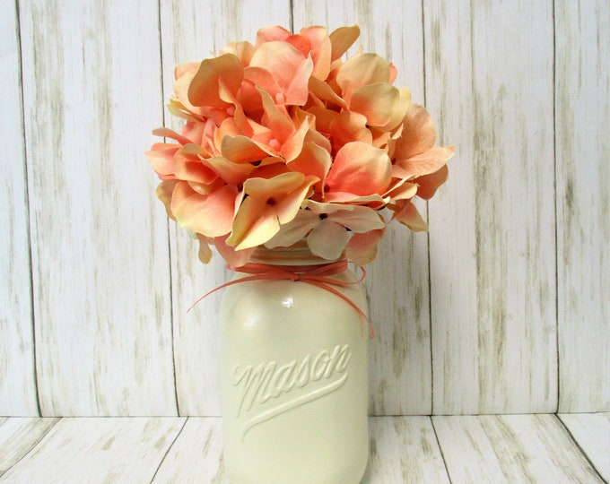 Mason Jar Centerpiece Hydrangea Flower Arrangement, Vintage 1776 - 1976  Mason Jar Decor, Country Chic Decor, Farmhouse Decor, Mother's Day