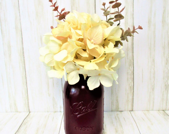 Maroon Centerpiece, Hydrangea Flower Arrangement, Cranberry Home Decor, Country Chic, Farmhouse Decor,  Mason Jar Decor, Fall Decor,