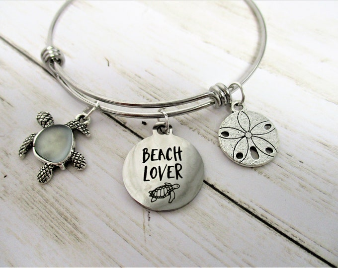 Turtle Charm Bangle Bracelet, Beach Charm Bracelet, Turtle Lover, Gift for Her, Tropical Jewelry, Beach Jewelry, Beach Lover