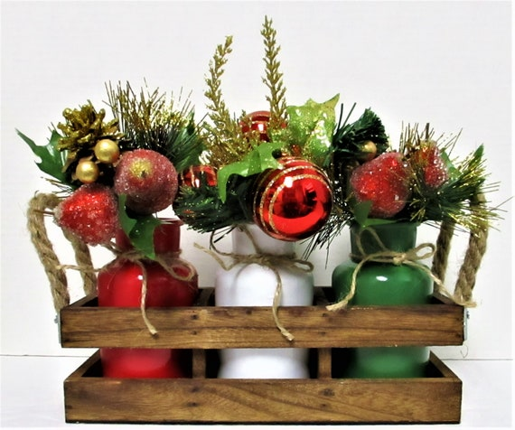 Christmas Centerpiece, Farmhouse Christmas Decor, Christmas Flowers, Christmas Decorations, Rustic Christmas