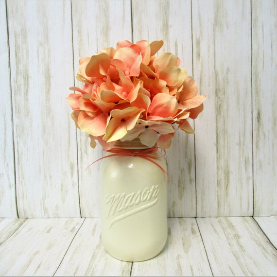 Mason Jar Centerpiece Hydrangea Flower Arrangement, Vintage 1776 - 1976  Mason Jar Decor, Country Chic Decor, Farmhouse Decor, Mother's Day