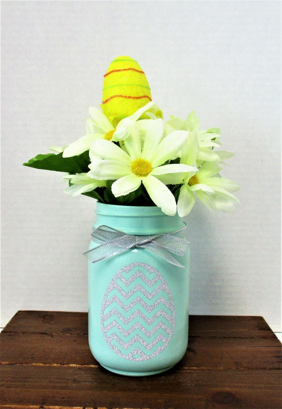 Easter Mason Jar, Easter Decor, Centerpiece,  Easter Eggs, Spring Decor, Spring Flowers, Mason Jar Decor