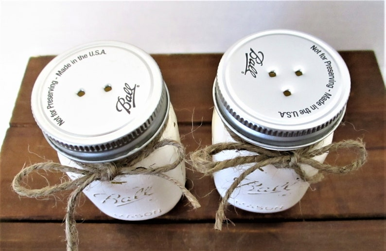 Rustic Decor Wedding Gift Kitchen Decor Country Salt and Pepper Home Decor Mason Jar Salt and Pepper Shakers Housewarming Gift