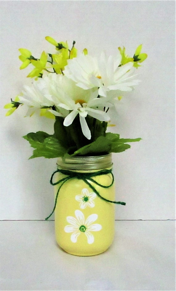 Yellow Mason Jar Flower Vase / Mason Jar Vase / Spring Decor / Bathroom Decor / Home Decor / Housewarming Gift / Mason Jar Decor / Summer