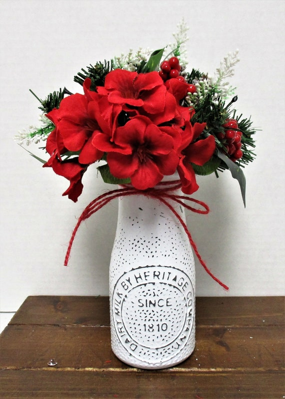 Christmas Milk Bottle Decor, Flower Vase, Milk Bottle, Country Chic Decor, Farmhouse Decor, Christmas Flowers, Accent Flowers