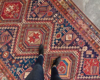 """Antique 6'10"""" x 10'5"""" Large Shiraz Rug Geometric Medallion Design Red Blue Wool Pile Hand-Knotted Rug 1920s - FREE DOMESTIC SHIPPING"""
