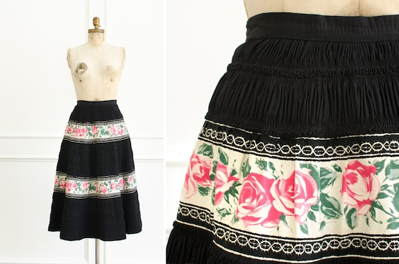 Vintage Mexican Floral Rose Cotton Full Circle Fla