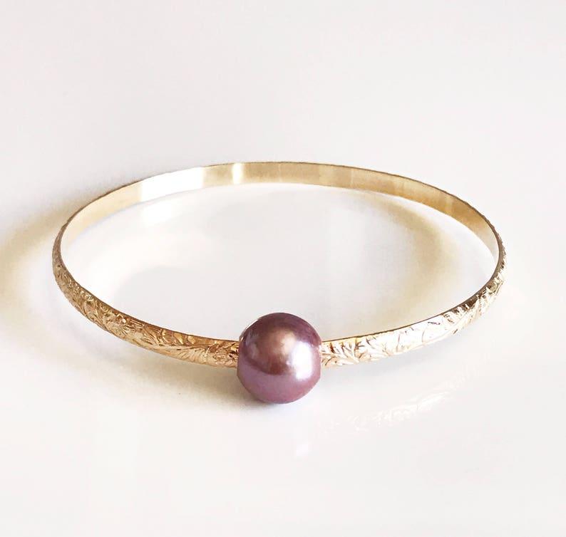B315 Hawaiian pearl bangle Bangle ALII Hawaiian heirloom bangle pink edison pearls bangle
