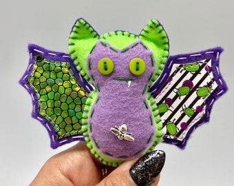 Green beetle bat felt ornament, Halloween bat decor, felt decor bat, hanging vampire bat, wildlife rescue, bat fang, textile bat doll.