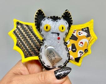 Spooky yellow bat felt ornament, Halloween bat decor, felt decor bat, hanging vampire bat, wildlife rescue, bat fang, textile bat