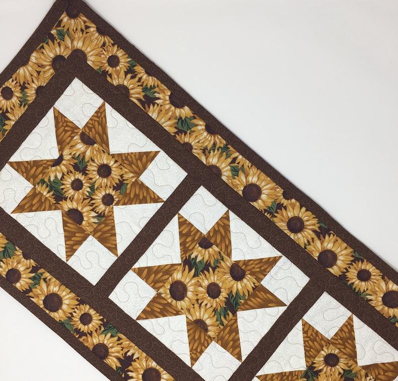 Leaves Tan Brown Handmade Sawtooth Green Fall Autumn Quilt Sunflowers Sunflower Table Runner Quilt White Yellow