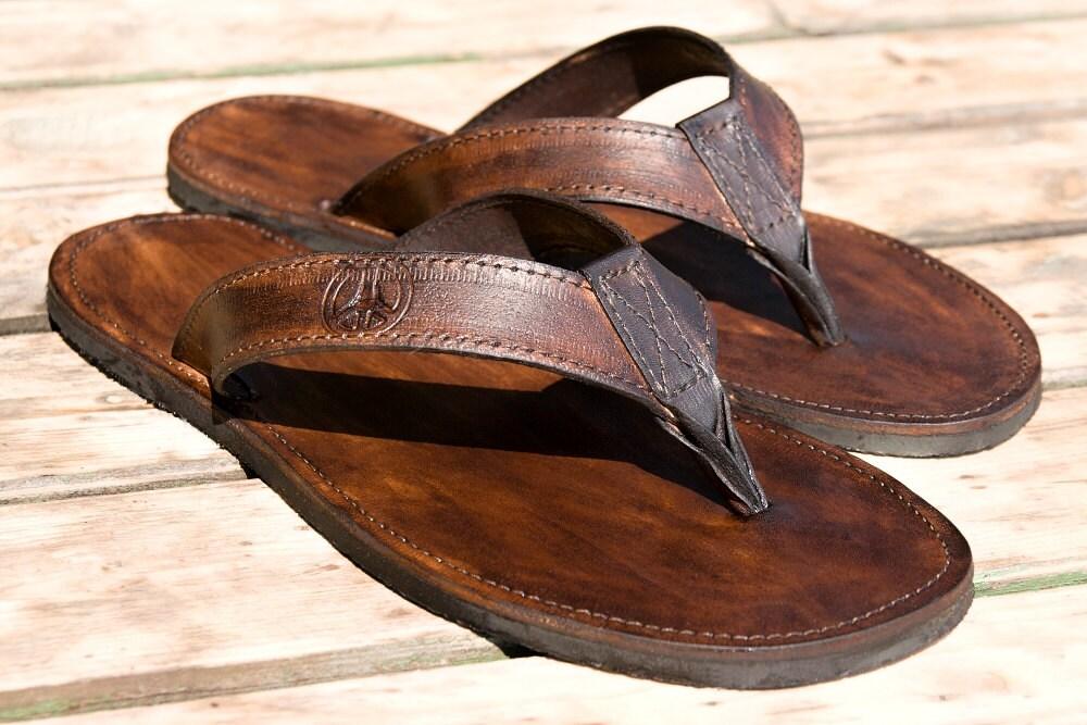 c47fd8643f2ba Handmade Leather Flip Flops Sandals SURFER | Etsy
