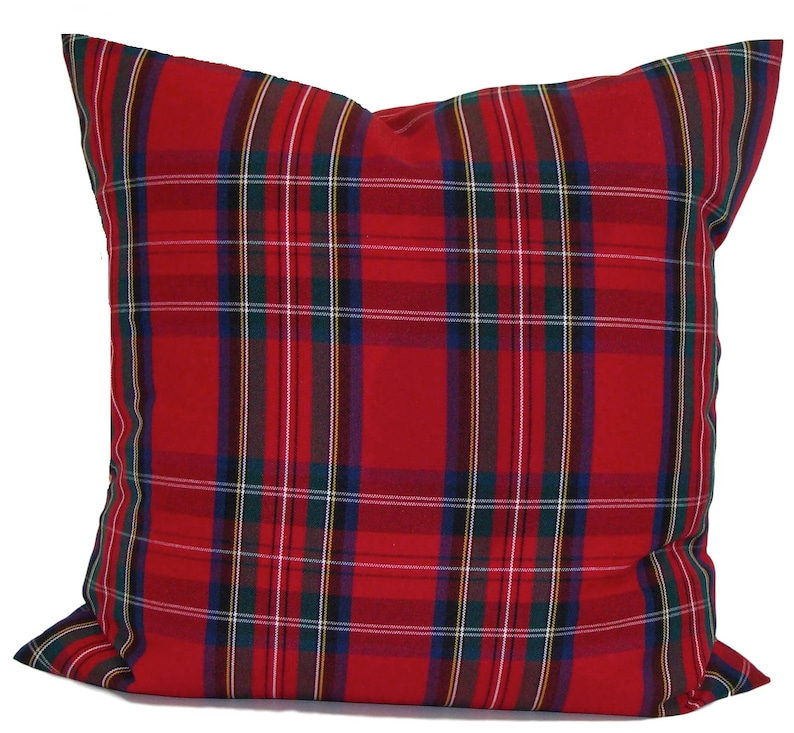 CHRISTMAS Pillow Cover Farmhouse Christmas Pillow  Red Green image 0