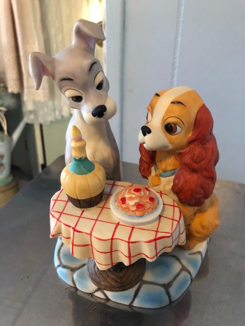 Lady and the Trap Figurine vintage ceramic Walt Disney