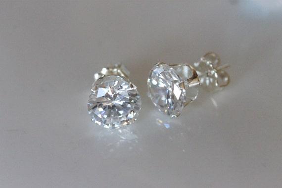 White Topaz Gemstone For Women Silver Jewelry Clip Earrings PE0131