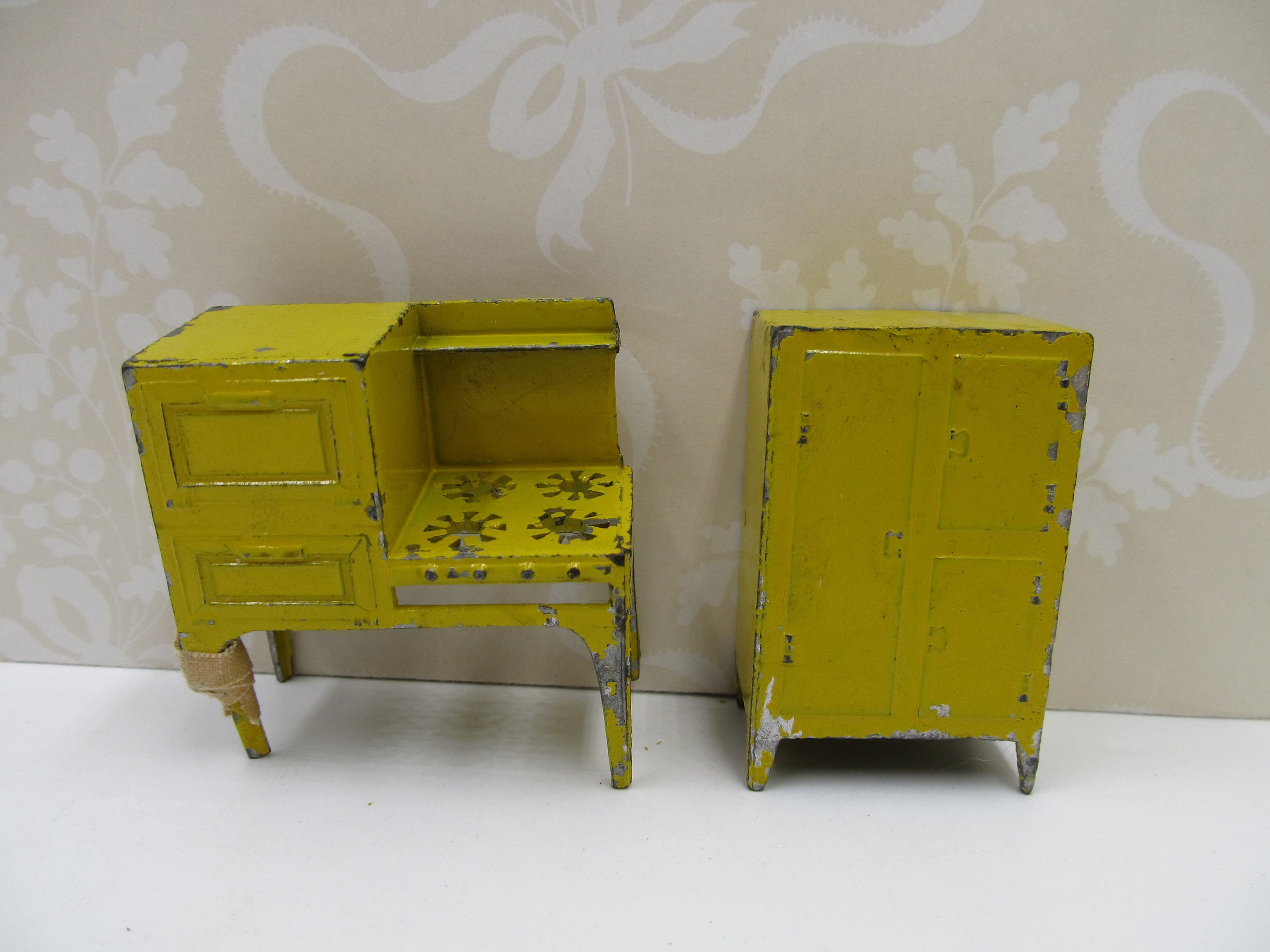 Vintage 1920s Tootsie Toys Dollhouse Stove and Ice Box RARE   Etsy on ice chest hinges and latches, bed cabinet, bar cabinet, electric cabinet,