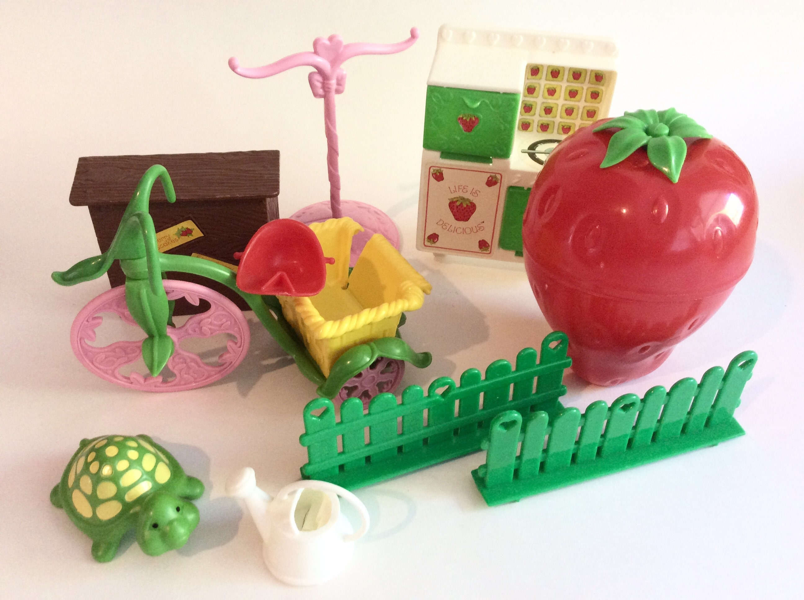 Vintage Lot Of Strawberry Shortcake Doll Accessories Stove Etsy