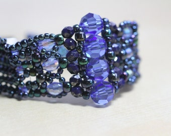 Beaded bracelet - blue tones