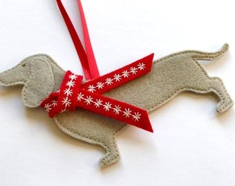 personalised dachshund dog christmas decoration tree decoration decoration