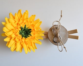 SUNFLOWER RING HOLDER alternative with wood, Romantic rustic ring pillow alternative, country ring wood box
