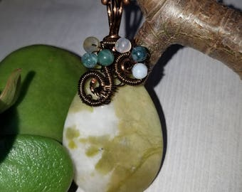 ST206 Serpentine Jasper Womans Pendant Stone Necklace Handcrafted Jewelry Womans Accessories Womans Jewelry