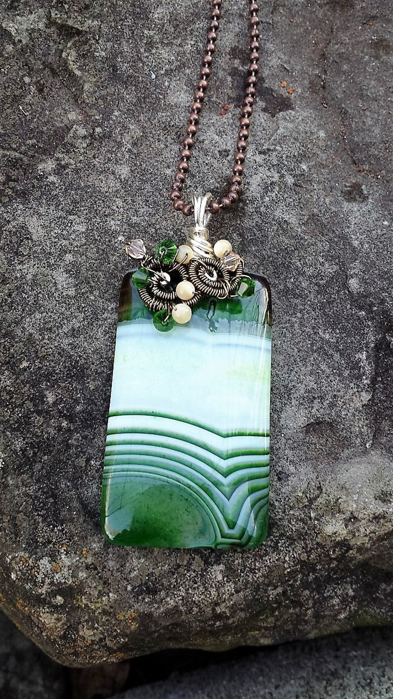 ST165 Green Onyx Agate Gemstone Pendant Handcrafted Necklace Wire Wrapped Mother of Pearl Moonfeathers Gems