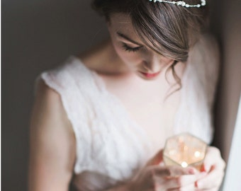 Bridal Headpiece - Pearl and Silver- Isabelle
