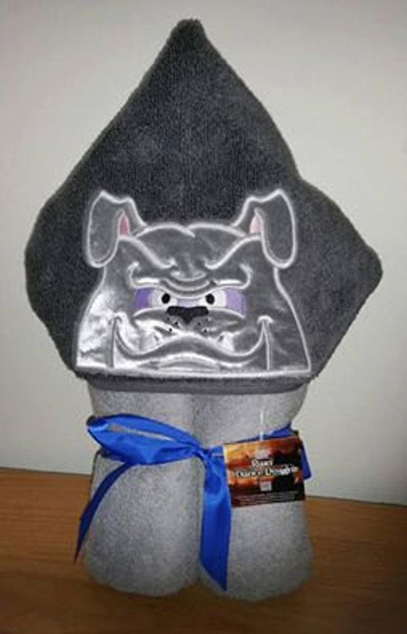 Bulldog Hooded Towel