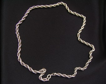 Vintage 80's sterling silver rope chain - 8.6 grams - 15.5 inches long.