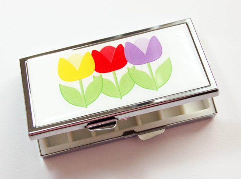 7 day Gift for her Tulips 7 sections Pill Box flower pill case Mothers Day Gift spring flowers 3916 Tulip Pill case Pill case