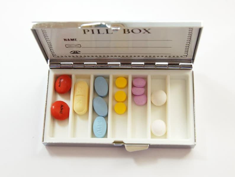 7 sections Pill case 7 day pill box Pill Box Pill Container 7 day Asian Venetian pill case Venetian Print Venetian Design 4977