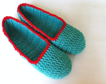 """Super soft , Spring green slippers , Adult Crochet Slippers , green and red yarn slippers , house shoes (ready to ship """"L"""" size 9/10)"""