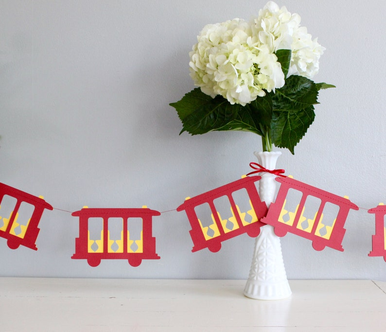 Daniel Tiger Trolley Inspired Paper Garland  6 Feet  San image 0