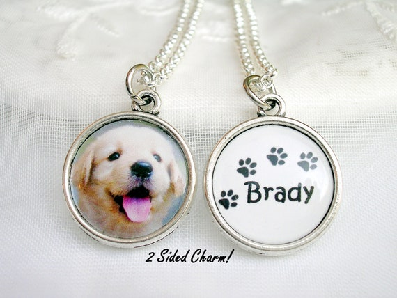 Stunning Silver Tone Golden Retriever Labrador Dog Necklace.With Organza Bag ..