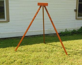 Triangle loom, rectangle loom tripod stand