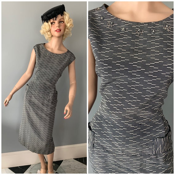Gorgeous wiggle, pencil dress-Large