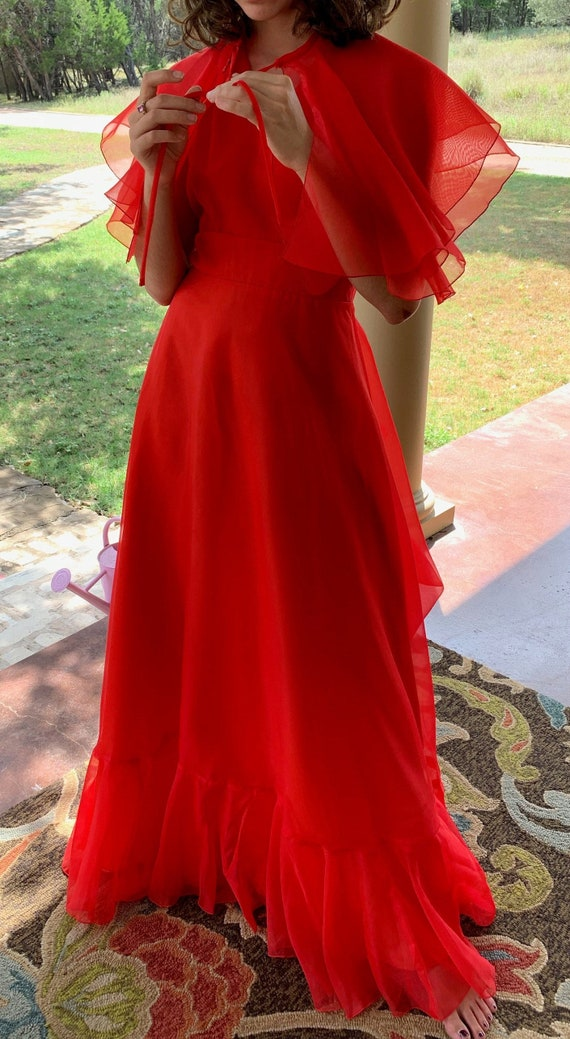 Fabulous red formal prom, bridesmaid dress w/capel